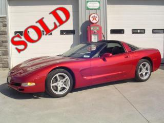 2000 CHEVROLET CORVETTE COUPE w/ ONLY 29,000KM